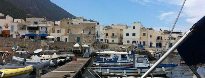 Levanzo is one of Lugares favoritos de Tibor.