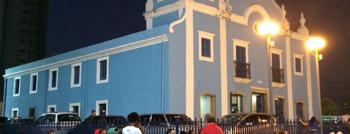 Igreja de Nossa Senhora da Boa Viagem is one of Tempat yang Disukai Joao Ricardo.