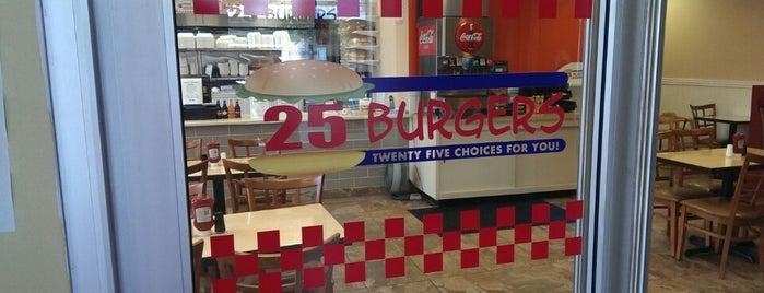 25 Burgers & Pizza is one of Lieux qui ont plu à Suzy.
