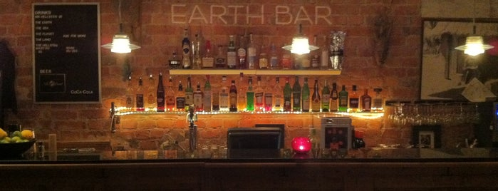 Hellsten Earth Bar is one of Posti che sono piaciuti a Helen.