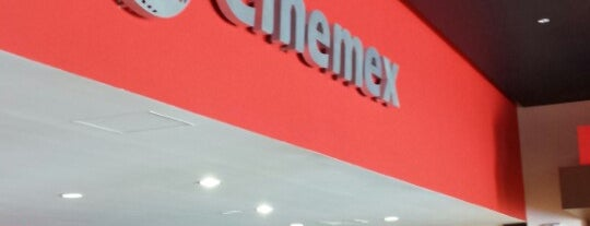 Cinemex Paseo Los Mochis is one of Richardさんのお気に入りスポット.