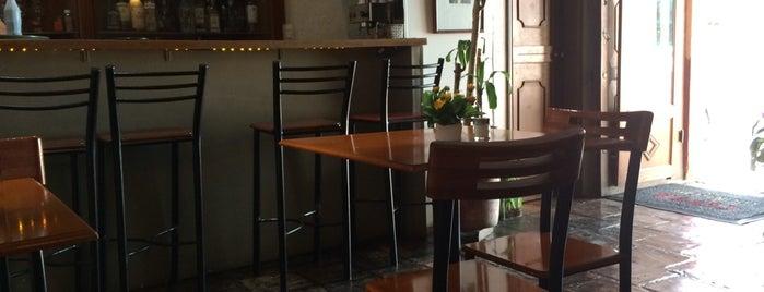 Capital cocina y café is one of Lieux qui ont plu à Liz.