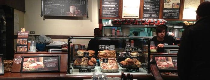 Corner Bakery Cafe is one of Andy : понравившиеся места.