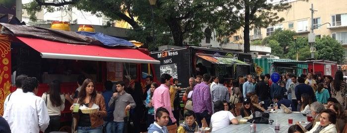 Food Truck Bazar is one of Dalia'nın Kaydettiği Mekanlar.