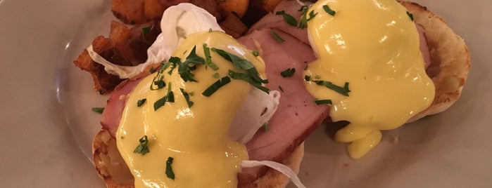 The Smith is one of NYC's Best Eggs Benedict Dishes.