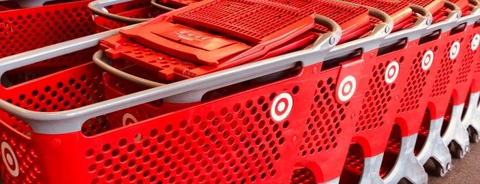 Target is one of Locais curtidos por Sandra.