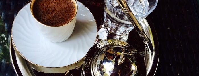 Şazeli Cafe & Nargile is one of İSTANBUL (2) GURME MEKANLARI (devamı).
