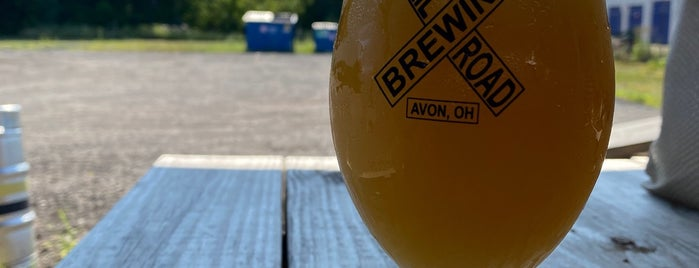 Railroad Brewing Company Taproom is one of Lieux qui ont plu à Jillian.