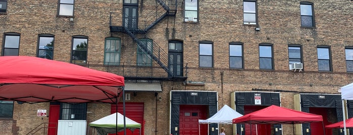 Marz Community Brewery is one of Chicago.