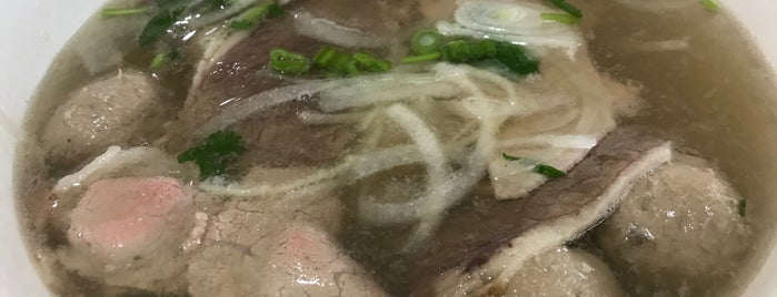 Pho Banh Mi Che Cali is one of SimpleFoodie Recommends.