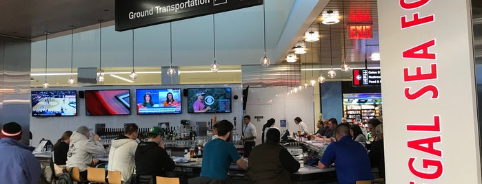 Legal Sea Foods is one of Top Airport Restaurants for the Holidays.