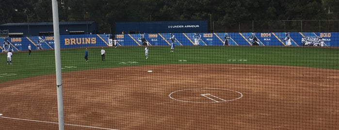 UCLA Easton Softball Stadium is one of Noel'in Kaydettiği Mekanlar.