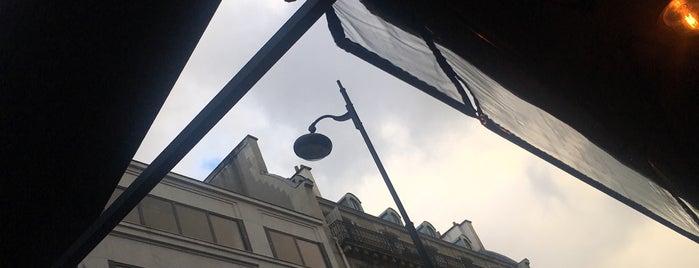 L'Oscar Café is one of PARIS.