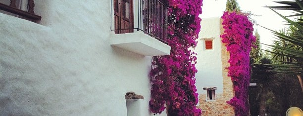 Hotel Atzaro Agroturismo Ibiza is one of People from Ibiza.