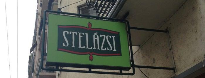 Stelázsi is one of Tempat yang Disukai Fruzsi.