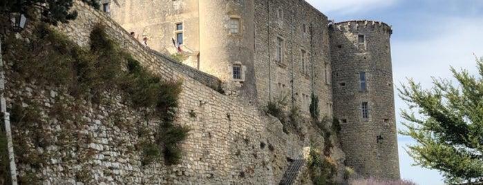 Lussan is one of Les plus beaux villages de France.