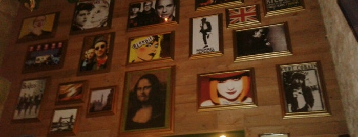 Monalisa Pub is one of Frankさんのお気に入りスポット.