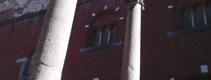 Loggia dei Mercanti is one of Around The World: Europe 1.