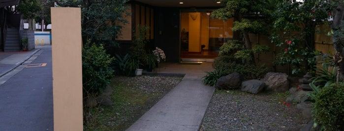 ホテル福田屋 is one of Locais salvos de Tracy.