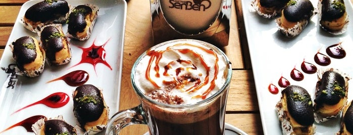 Senbeno Cafe&Bistro is one of Hakanさんのお気に入りスポット.