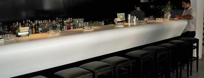 Frame Bar & Food is one of Locais curtidos por 83.