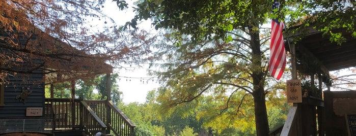 Fisherman's Park is one of Lieux qui ont plu à Josh.