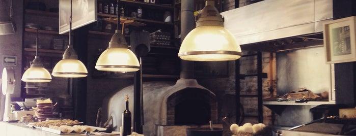 Café Toscano is one of Café / Té / Repostería.