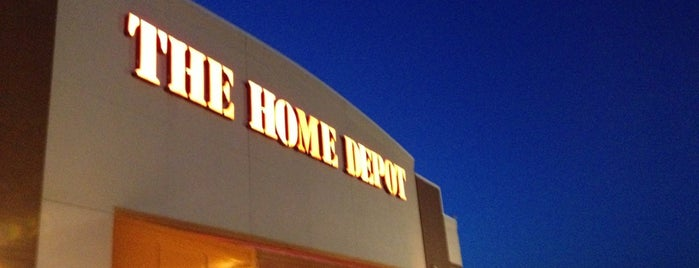 The Home Depot is one of Aaron 님이 좋아한 장소.