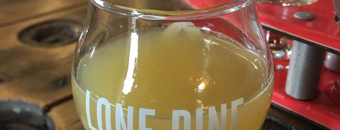 Lone Pine Brewing is one of Alexさんのお気に入りスポット.
