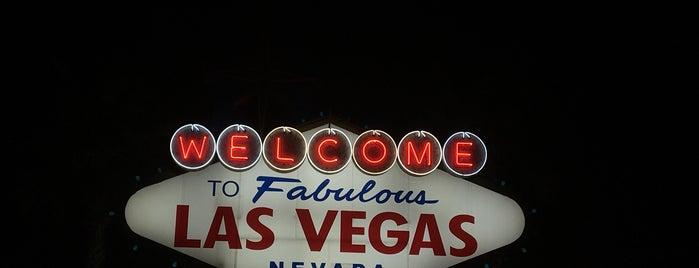 """Welcome To Las Vegas"" Sign is one of Posti che sono piaciuti a Edgar."