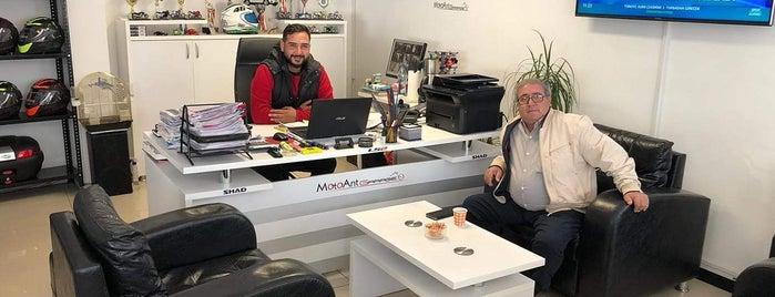 Moto Ant Garage is one of Murat karacimさんのお気に入りスポット.