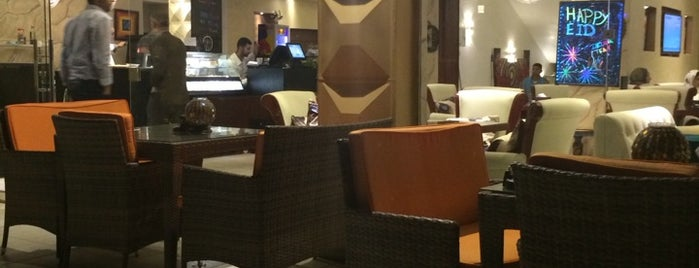 Delicia Lounge is one of Locais curtidos por Leen.