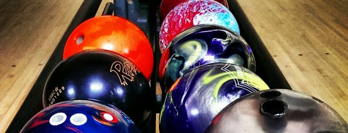 Royal Z Lanes is one of Fun places.