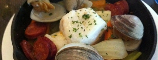 OAK Long Bar + Kitchen is one of #BeRevered: Best of Back Bay.
