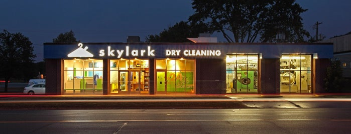 Skylark Dry Cleaning is one of Lieux qui ont plu à John.