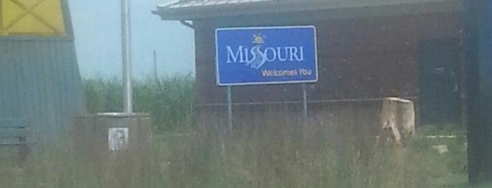 Missouri / Tennessee State Line is one of สถานที่ที่ Kalena ถูกใจ.