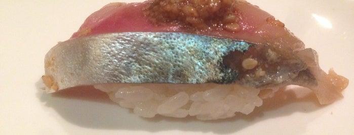 Sushi of Gari 46 is one of สถานที่ที่ Toad ถูกใจ.