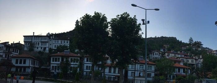 Göynük is one of Posti che sono piaciuti a Enise.