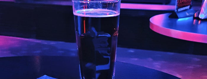 Руки Вверх бар is one of Tempat yang Disukai Hanna.