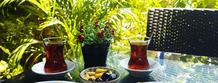 Göçmen Börekçisi is one of Tempat yang Disukai Hanna.