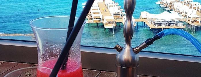 Elexus Hotel Resort Pool Bar is one of Tempat yang Disukai Hanna.