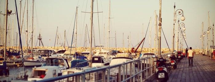 Larnaca is one of Tempat yang Disukai Hanna.