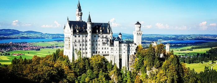 Schloss Neuschwanstein is one of Go Ahead, Be A Tourist.