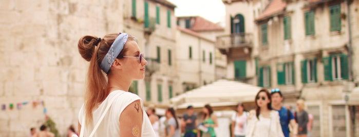 Split Old Town is one of Tempat yang Disukai Hanna.