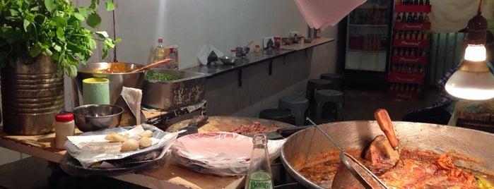 Tacos De Don Richard is one of Tempat yang Disukai Whitey.
