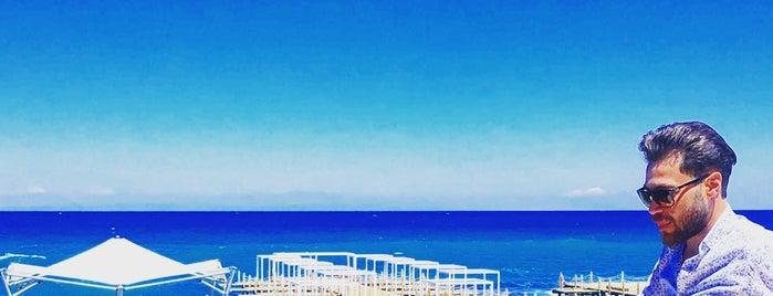 Zypern is one of Orte, die Hüseyin gefallen.