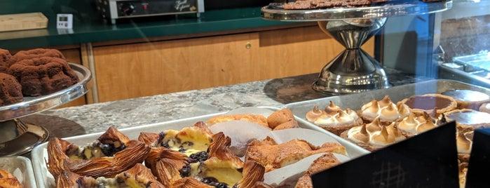 Bourke Street Bakery is one of Tempat yang Disukai Alexandra.