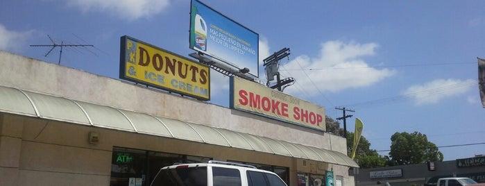MG Smoke Shop is one of Lugares favoritos de Alicia.