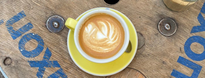 Le Peloton Café is one of P❤️.