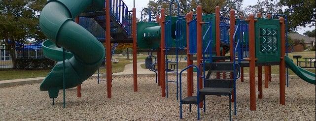Lakeline Park is one of Tempat yang Disimpan Liz.